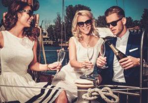 escort compania para fiestas en barco