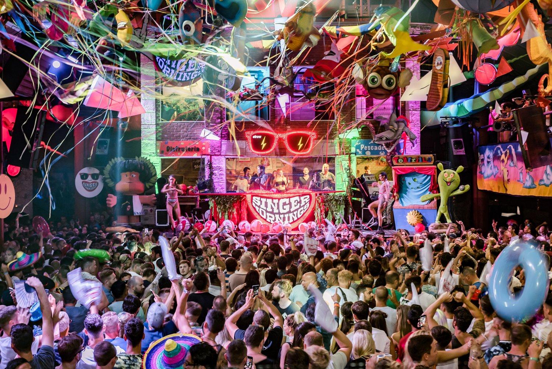Conoce los secretos para disfrutar de una fiesta en Ibiza con una escort